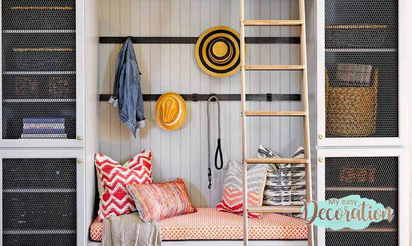 Which Mudroom Model is Right For You? 5 Ideas That Work 😜