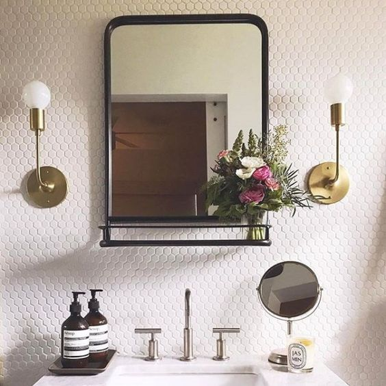 How to Choose The Ideal Bathroom Mirror?