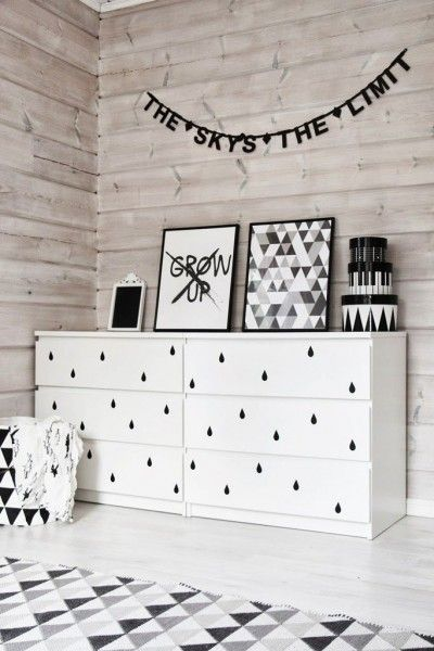 How To Decorate Bedroom Black And White 2
