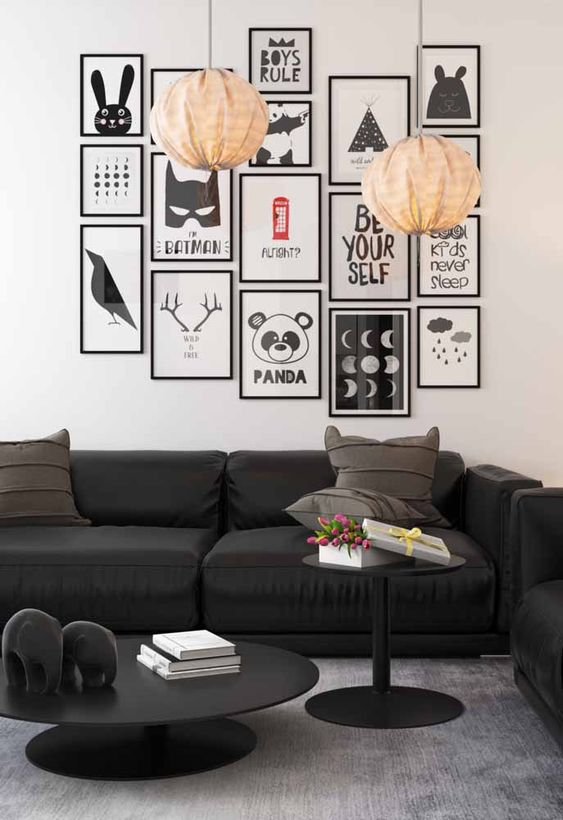 Black And White Decoration In The Living Room