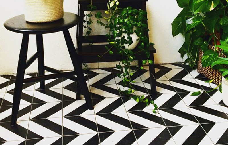 The Use Of Porcelain Black And White Tiles