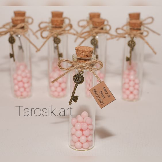 How To Use The Little Bottles As Souvenirs?