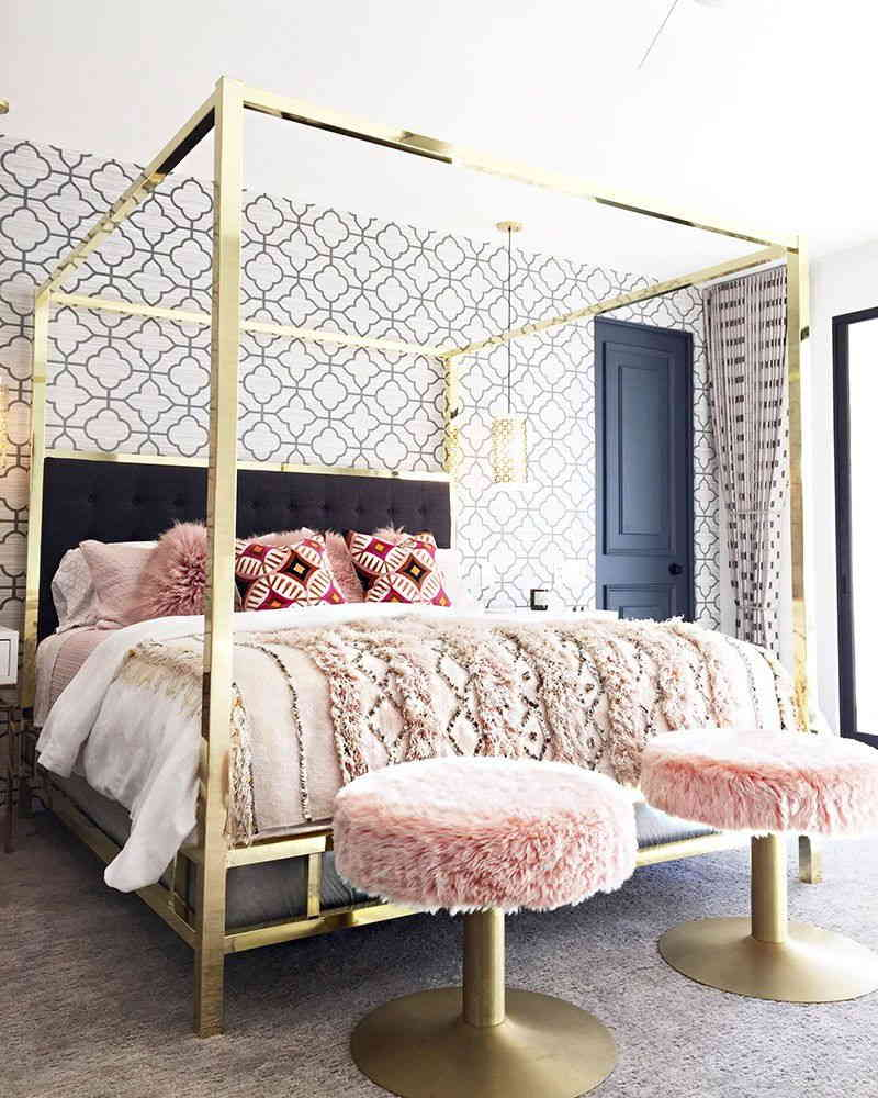 Choice Of Style For Canopies Beds
