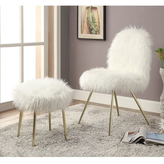 White Chairs For Bedrooms