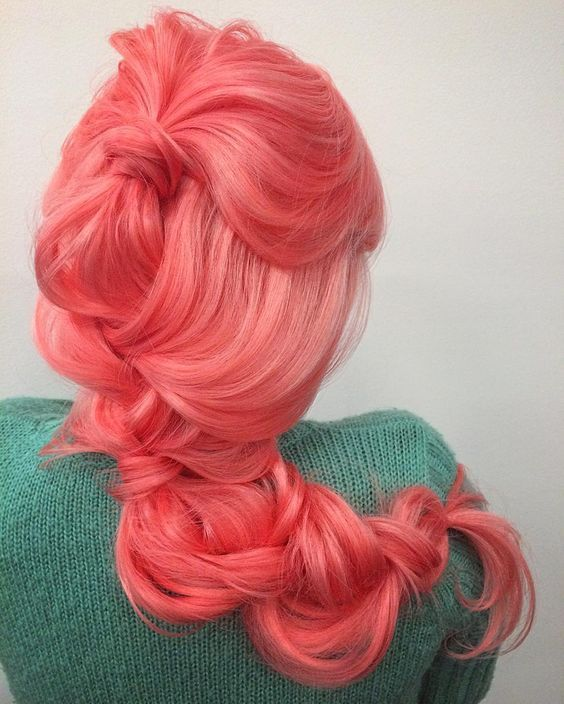Care In The Maintenance Of Coral Color Hair