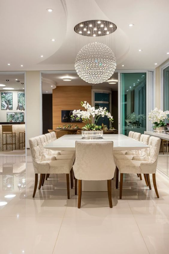Chandelier Crystal Types: See What the Differences Are