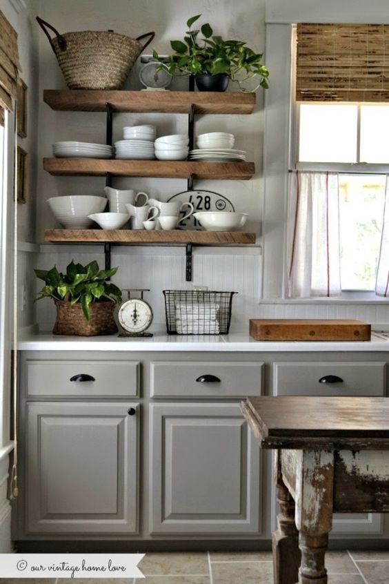 farmhouse-decor-kitchen-shelves
