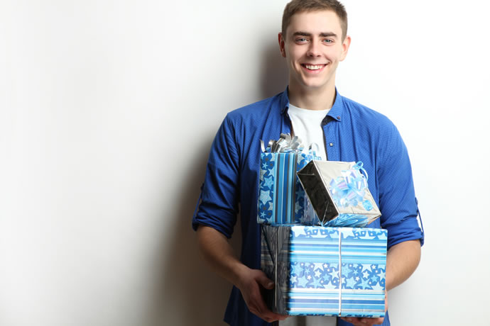 Gift Ideas For Men Between 18 And 25 Years Old