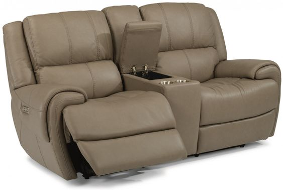 With Cup Holders