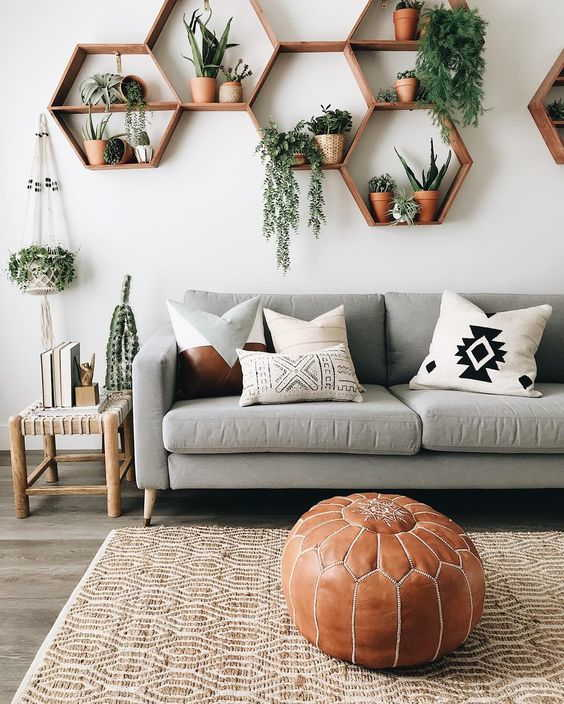 Living Room Decor Ideas With Niches & Shelves