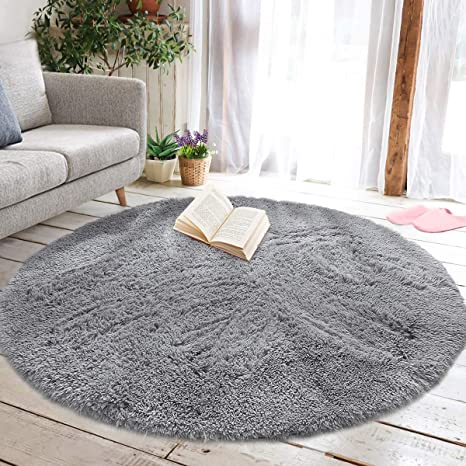 Small Living Room Ideas With Rug