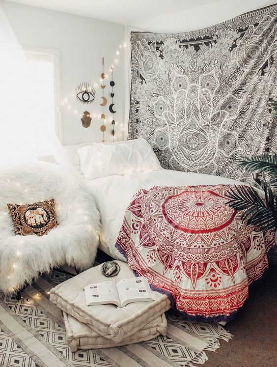 How to Decorate With Mystical Style In The Bedroom 2