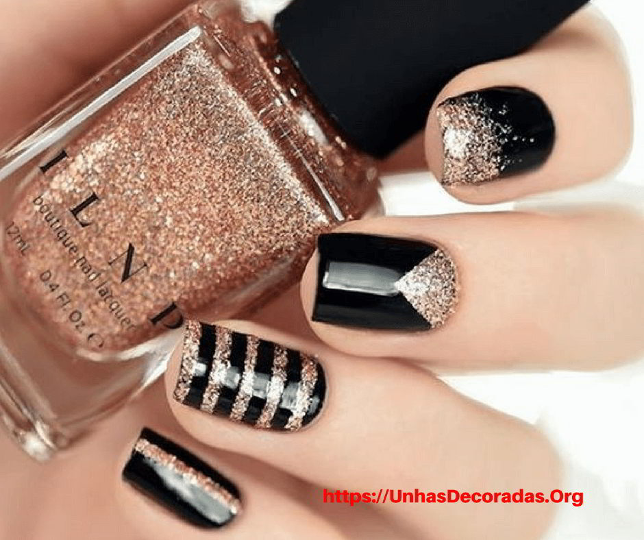 Nail Trends – Stripes with Glitter