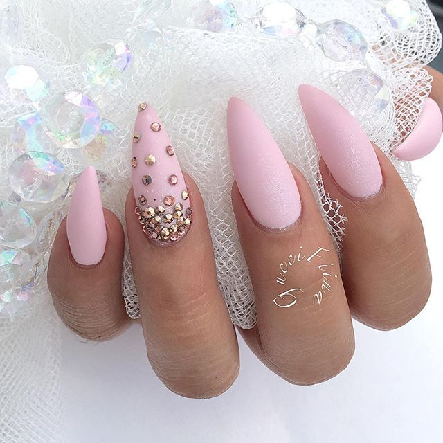 Necessary Care To Have the Nail Stiletto