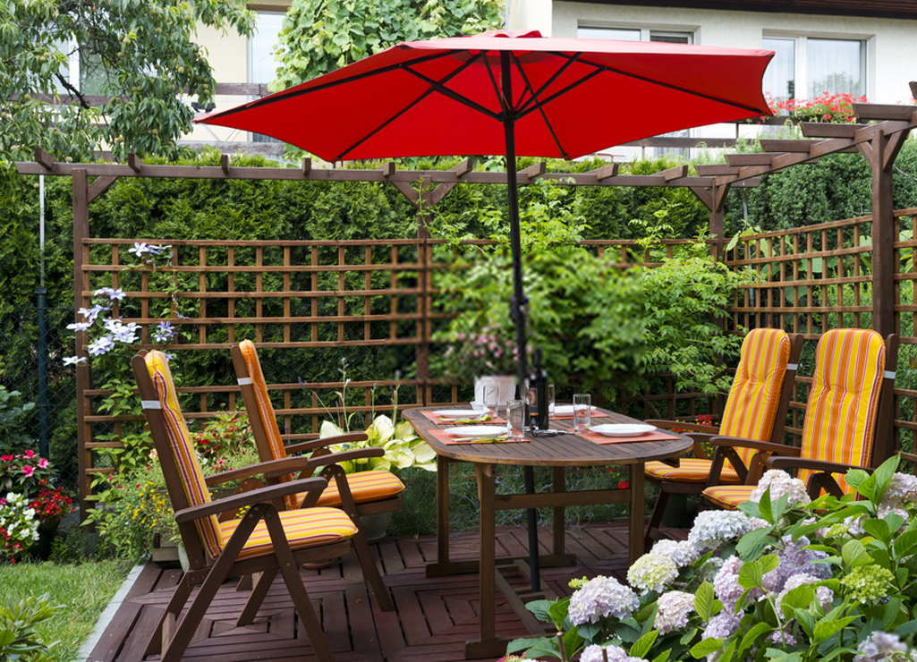 Outdoor Furniture Shades
