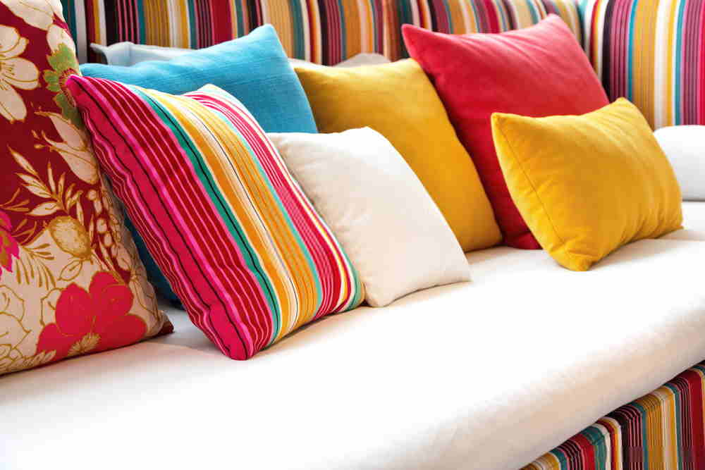 Pillow Decoration For Sofa with Mixing Styles