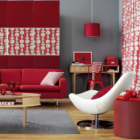 Red Room White Furniture