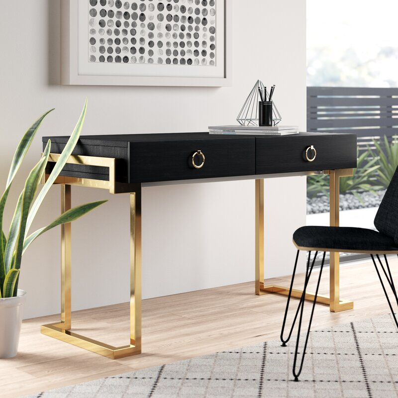 Models With Drawer