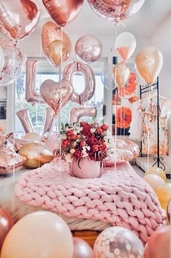 Valentines Day Decor In The Bedroom