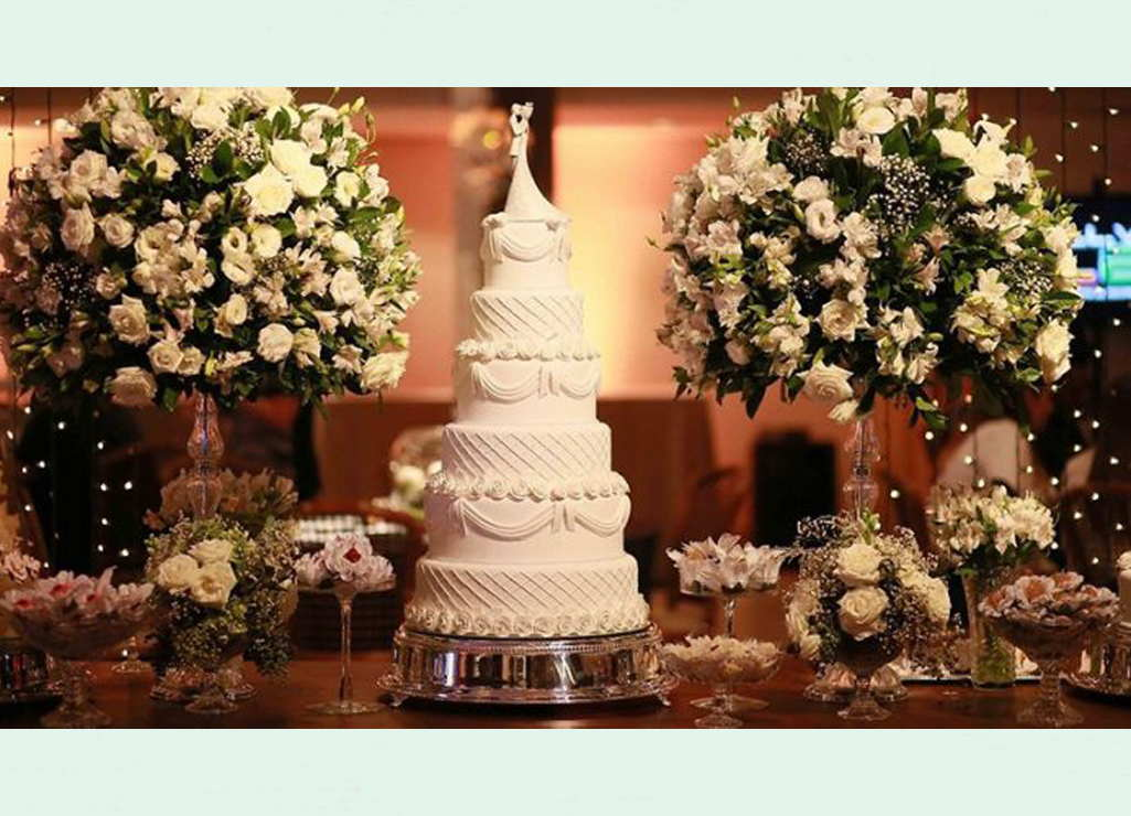 The Cake Table In Wedding Decoration